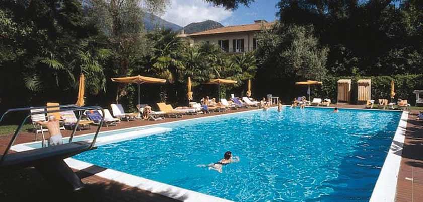Grand Hotel Victoria, Menaggio, Lake Como, Italy - Outdoor pool.jpg